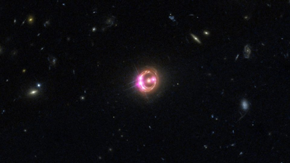 Chandra-Hubble RX J1131